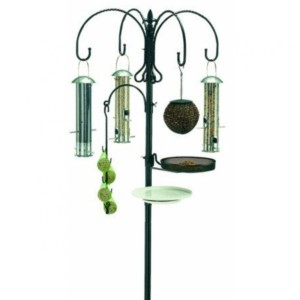 Gardman Deluxe Wild Bird Feeding Station