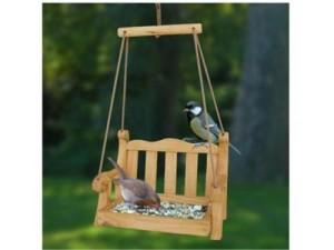 Swing Seat Bird Feeder / Bird Table Review 2017